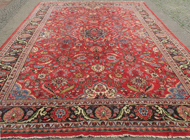 Antique Sultanabad Carpet Rich Natural Colours-modern-times-berlin-img-5682abc-main-637454441301889423.jpg