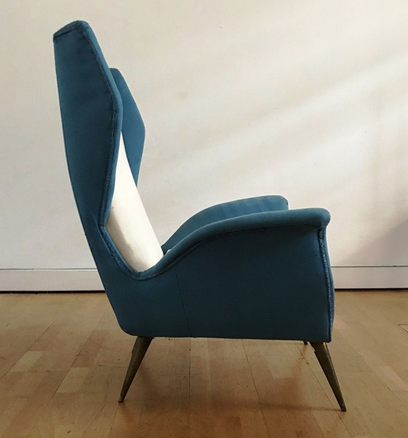1950s Pair of Armchairs with Very High Back-moioli-gallery-coppia poltrone alte blu e bianche  Davide 2_main_636486169609788578.JPG