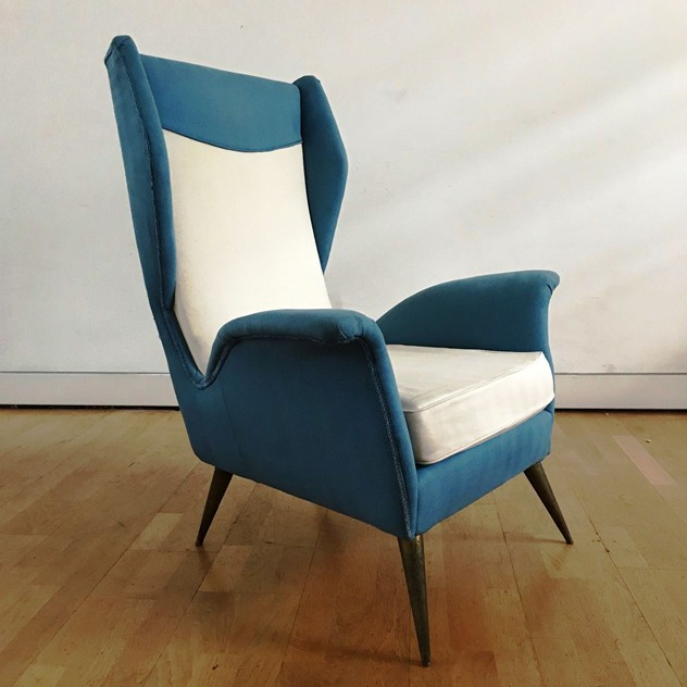 1950s Pair of Armchairs with Very High Back-moioli-gallery-coppia poltrone alte blu e bianche  Davide 4_main_636486169857215680.JPG