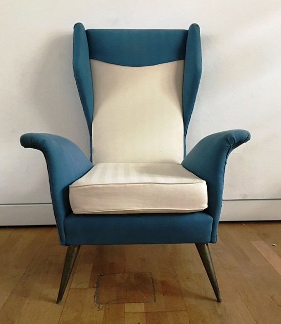 1950s Pair of Armchairs with Very High Back-moioli-gallery-coppia poltrone alte blu e bianche  Davide 7_main_636486169472814432.JPG