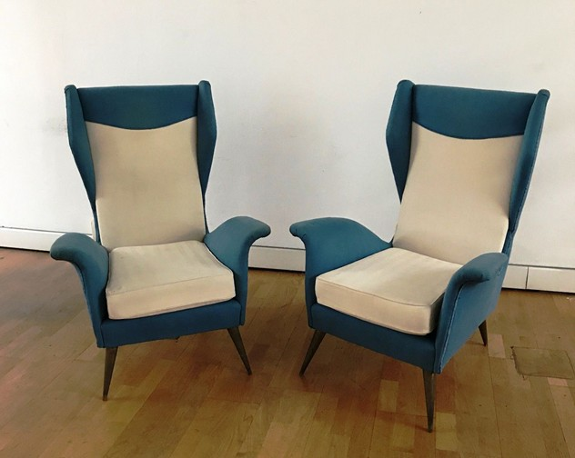 1950s Pair of Armchairs with Very High Back-moioli-gallery-coppia poltrone alte blu e bianche  Davide_main_636486169382642386.JPG