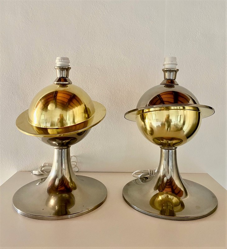 Amazing -Space Age - Pair of Table Lamp-moioli-gallery-coppia-lampade-bicolore-saturno--h-45-diam-base-30-main-637297189668061974.jpg
