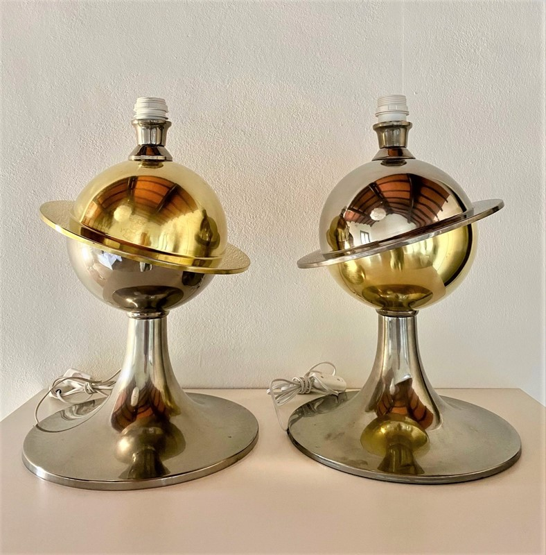 Amazing -Space Age - Pair of Table Lamp-moioli-gallery-coppia-lampade-bicolore-saturno-2-main-637297189366815400.jpg