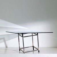 Detabilisation Dining table