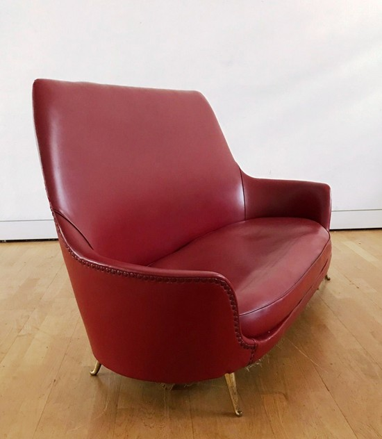 1950s Two Seater Sofa by Isa -moioli-gallery-divanetto ISA rosso asta 2_main_636488769874974235.JPG