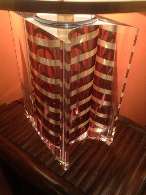 1970's Large Acrylic Table  Lamp-moioli-gallery-lampada plexy righe 2_main_635932152697280708.JPG