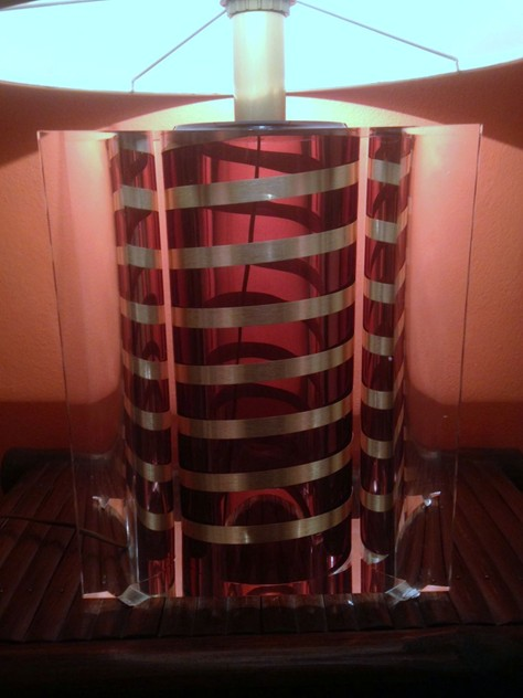 1970's Large Acrylic Table  Lamp-moioli-gallery-lampada plexy righe 3_main_635932152815066748.JPG
