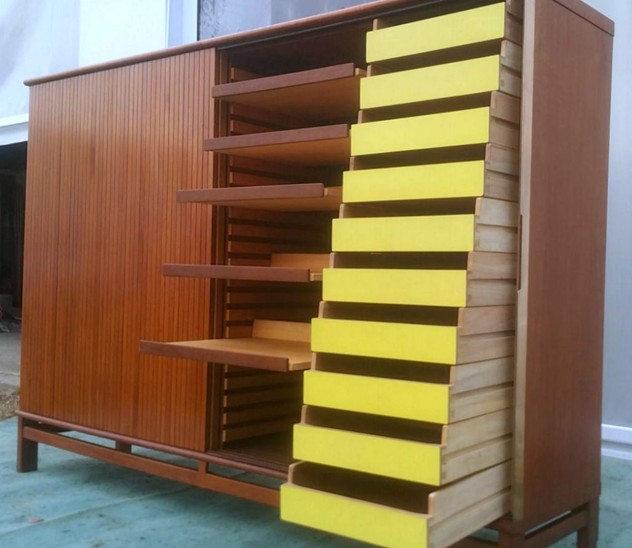1950's Amazing Cupboard/Chest of Drawers-moioli-gallery-mobile ufficio formica gialla max.2_main_636169707449017175.JPG