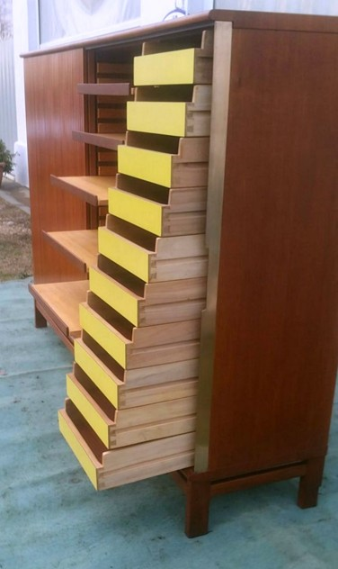1950's Amazing Cupboard/Chest of Drawers-moioli-gallery-mobile ufficio formica gialla max.6_main_636169706880215653.JPG
