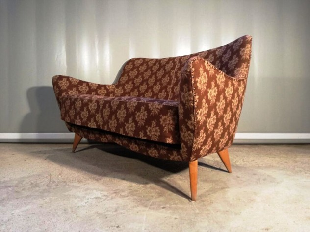 1950s Small Sofa,Perla by G.Veronesi -moioli-gallery-perla divanetto 1_main_636336568472896099.jpg