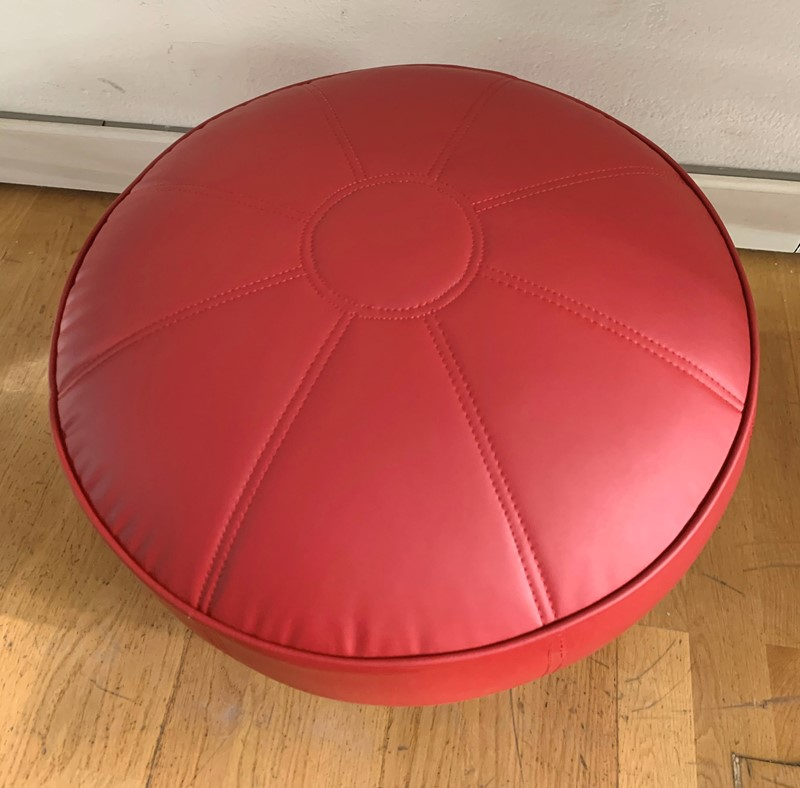 1960s Rare -IPE Bologna- 3 Foot Stools -moioli-gallery-pouff-ipe-rosso-1-main-637102993226800773.jpg