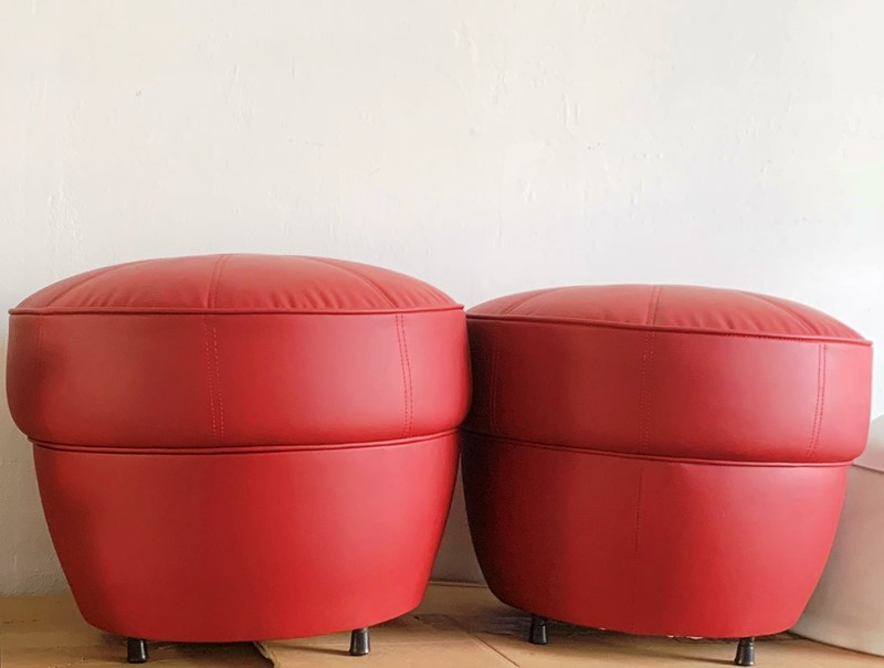 1960s Rare -IPE Bologna- 3 Foot Stools -moioli-gallery-pouff-ipe-rosso-6-main-637102992925225264.jpg