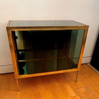 1950s Small Vitrine-Bar Cabinet in Brass and Glass