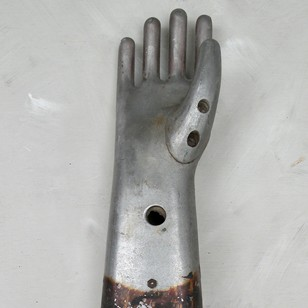 Metal glove mould