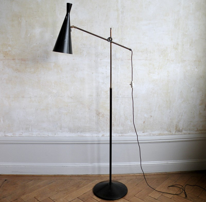 1950s floor lamp by Mac Lamp Ltd -mountain-cow-dscn2834-2-main-637101205136962007.jpg