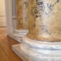 fine pair of Regency scagliola columns