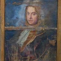 distressed 18th Century portrait of a gentleman