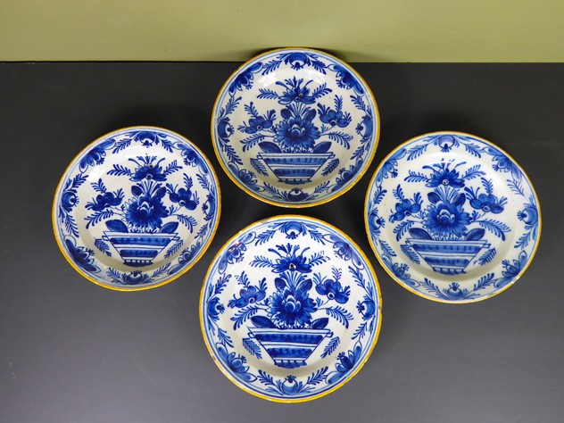 Set of 4 late 18th century Delft dishes-mytton-antiques-P1010447_main_636392644108253889.JPG
