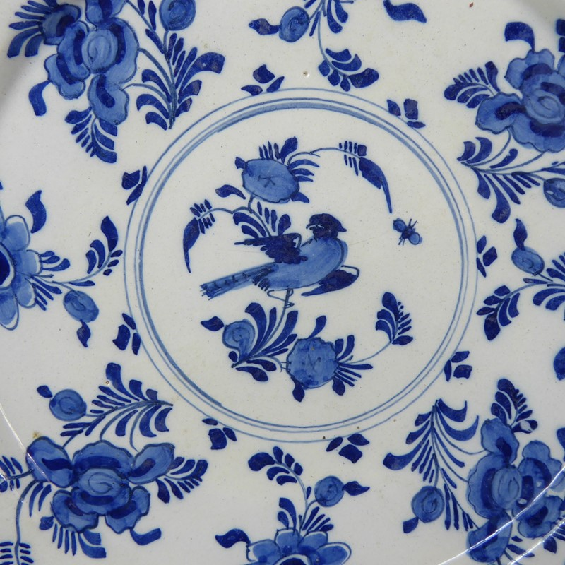 18th c delft charger-mytton-antiques-bird1-main-636957635029507741.JPG