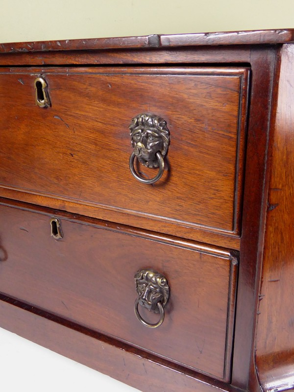 18th C Miniature Commode-mytton-antiques-chest2-main-636637292037218028.JPG