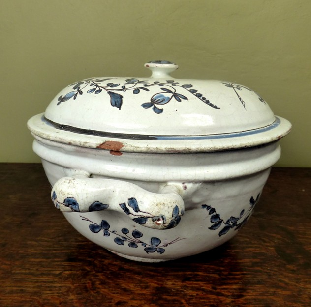 18th C Tin Glaze Tureen-mytton-antiques-fai4_main_636319928668332649.JPG