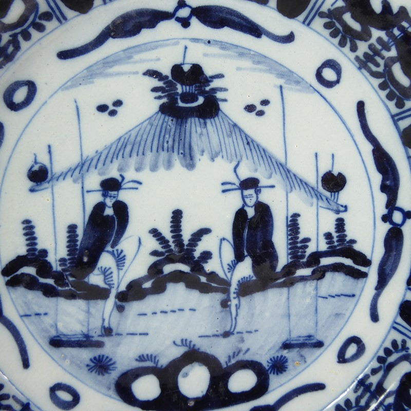Pair of early delft chargers c 1700-mytton-antiques-pair2-main-637315384924507858.JPG