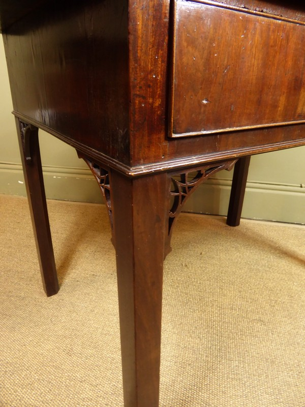 18TH C MAHOGANY TABLE-mytton-antiques-side4-main-636695113474720202.JPG