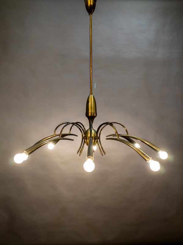 A Mid Century Italian Brass Chandelier-nick-jones-img-20200503-110846-main-637308341702944816.jpg