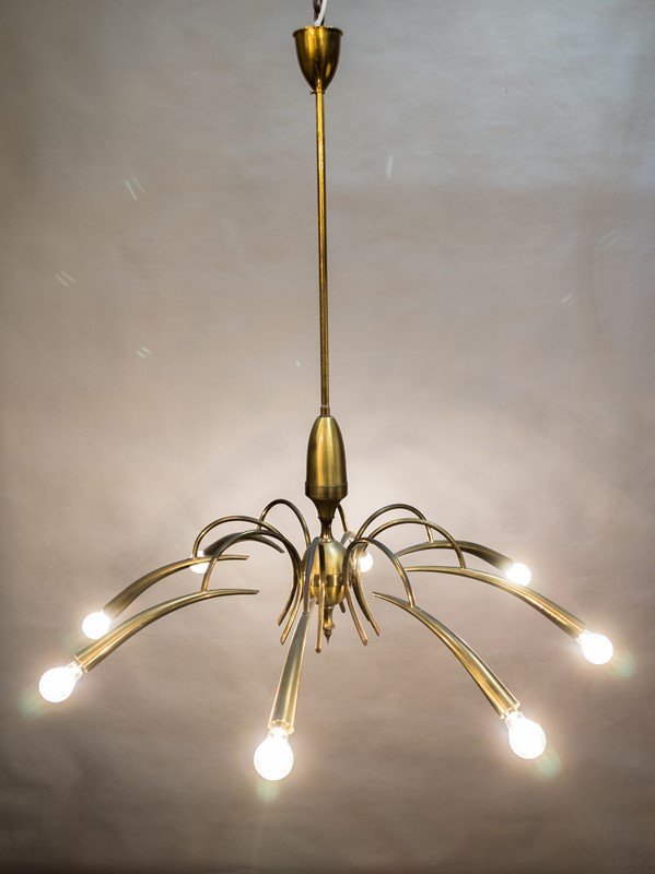 A Mid Century Italian Brass Chandelier-nick-jones-img-20200503-111020-main-637308343438256936.jpg
