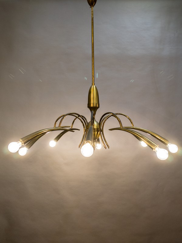 A Mid Century Italian Brass Chandelier-nick-jones-img-20200503-111038-main-637308343709975059.jpg