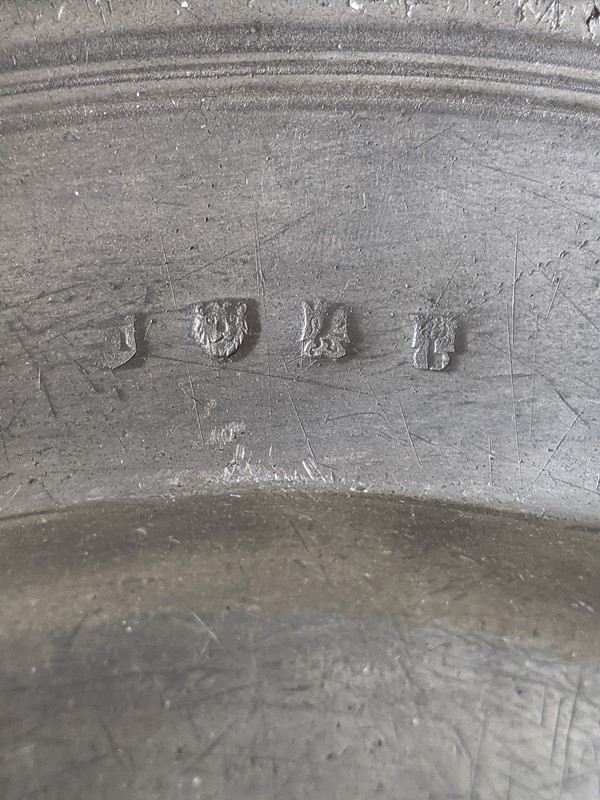C1800 A Large Pewter Charger-nick-jones-untitled-071-main-637463221860010468.jpg