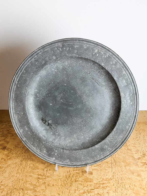 C1800 A Large Pewter Charger-nick-jones-untitled-074-main-637463225365303304.jpg