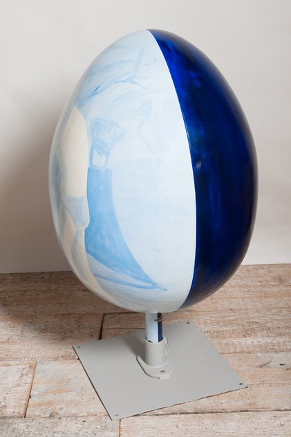 Cecily Tattersall giant egg, The big egg hunt-nikki-page-antiques-NPMarch15_53_main.jpg