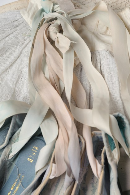 Collection of old ballet shoes-nikki-page-antiques-NPOct17-142web_main_636443978093140595.jpg