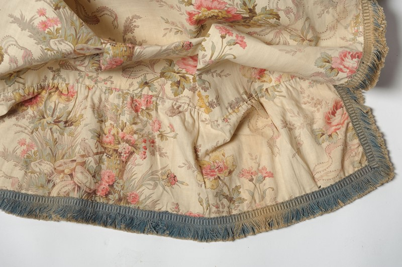 Antique French pair of curtains-nikki-page-antiques-npjan20-144-main-637189221342677373.jpg
