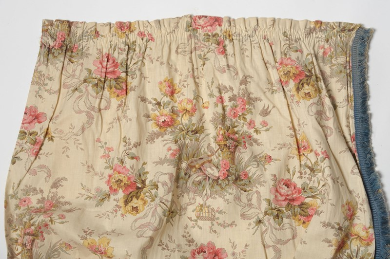 Antique French pair of curtains-nikki-page-antiques-npjan20-146-main-637189220494221008.jpg