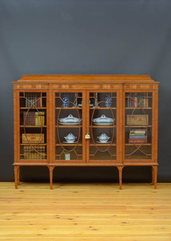Edwardian Satinwood Display Cabinet  Bookcase-nimbus-antiques-1-main-637444126776135725.jpg