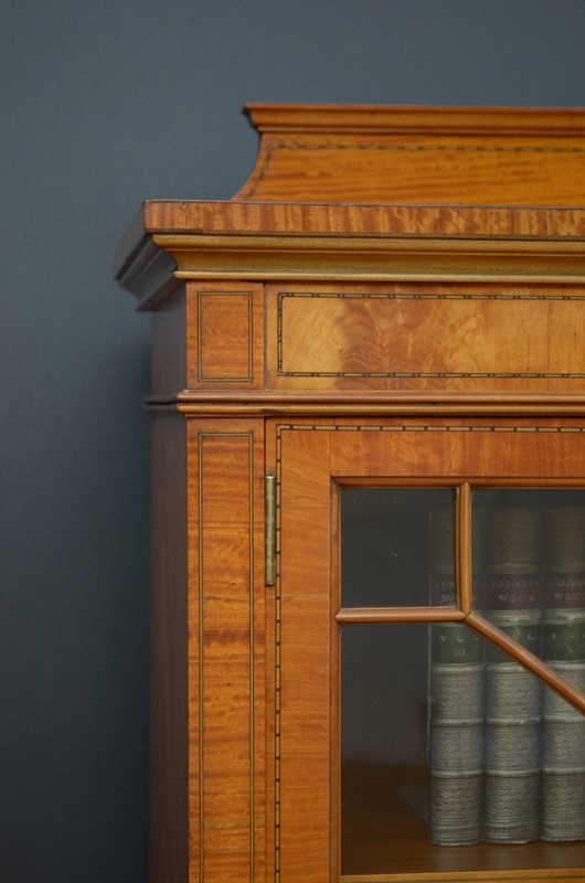 Edwardian Satinwood Display Cabinet  Bookcase-nimbus-antiques-11-main-637444127165980708.jpg