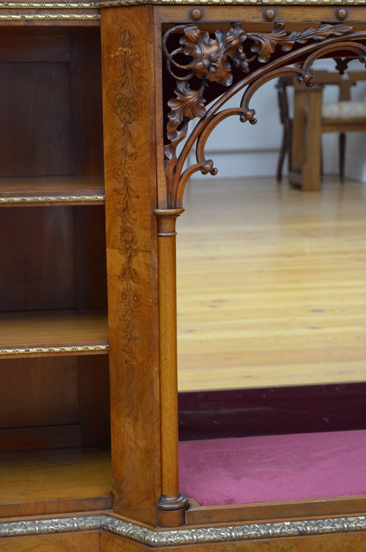Victorian Low Bookcase in Walnut-nimbus-antiques-12-2-main-637468338068763936.jpg