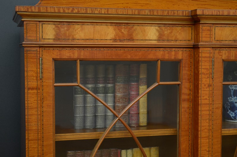 Edwardian Satinwood Display Cabinet  Bookcase-nimbus-antiques-12-main-637444127187231013.jpg