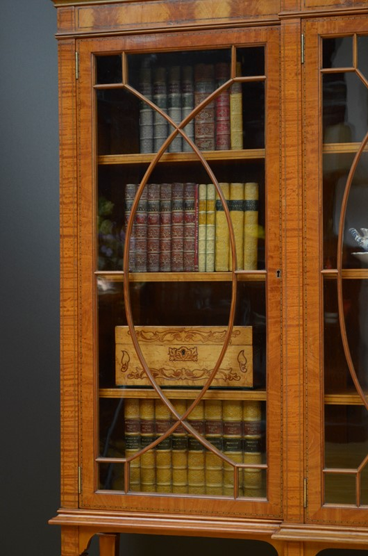 Edwardian Satinwood Display Cabinet  Bookcase-nimbus-antiques-16-main-637444127275355037.jpg