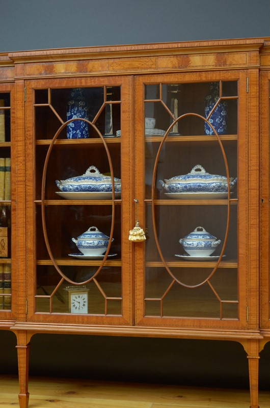 Edwardian Satinwood Display Cabinet  Bookcase-nimbus-antiques-17-main-637444127297229404.jpg