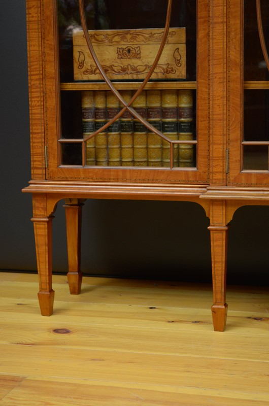 Edwardian Satinwood Display Cabinet  Bookcase-nimbus-antiques-19-main-637444127339729333.jpg