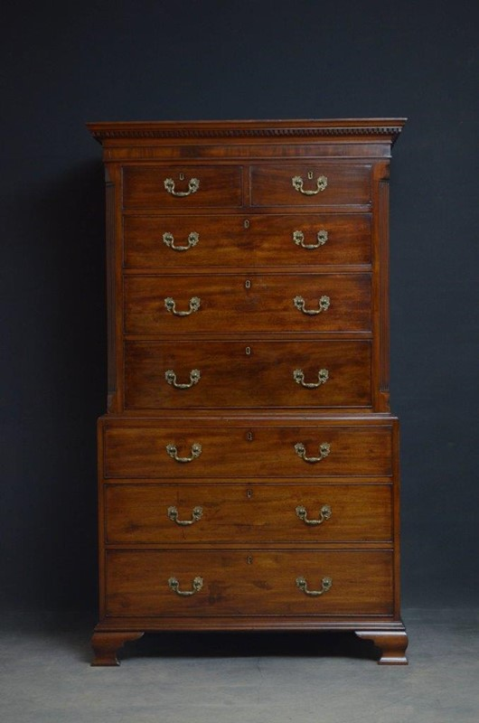 George III Chest on Chest in Mahogany-nimbus-antiques-2-main-637361491125440885.jpg