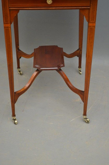 An Elegant Edwardian Occasional Table-nimbus-antiques-5_main_635972668461541932.jpg