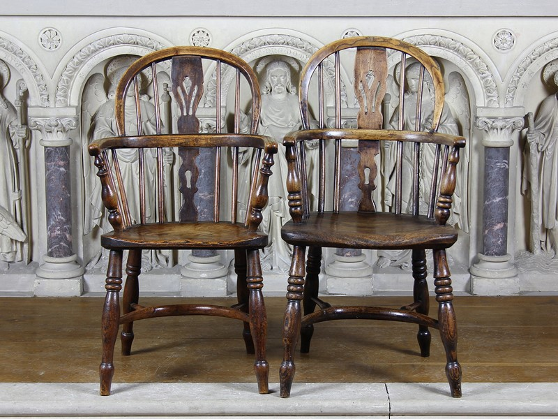 A Pair of Childrens Windsor Chairs-number-6-antiques-1-a-pair-of-childrens-windsor-chairs-main-637453039887820351.jpg