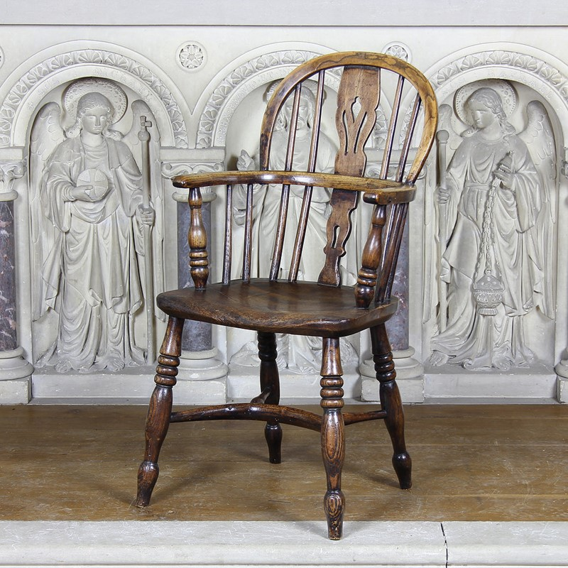 A Pair of Childrens Windsor Chairs-number-6-antiques-3-a-pair-of-childrens-windsor-chairs-main-637453039185949287.jpg