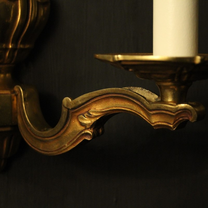 French Pair Of Gilded Bronze Antique Wall Lights-okeeffe-antiques-oka03840h-main-637391406868960429.jpg