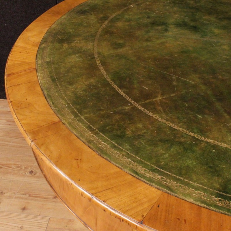 19th Century Cherry Wood Italian Round Table, 1850-parino-thumb--mg-0899-1024-main-636802094763128396.jpg
