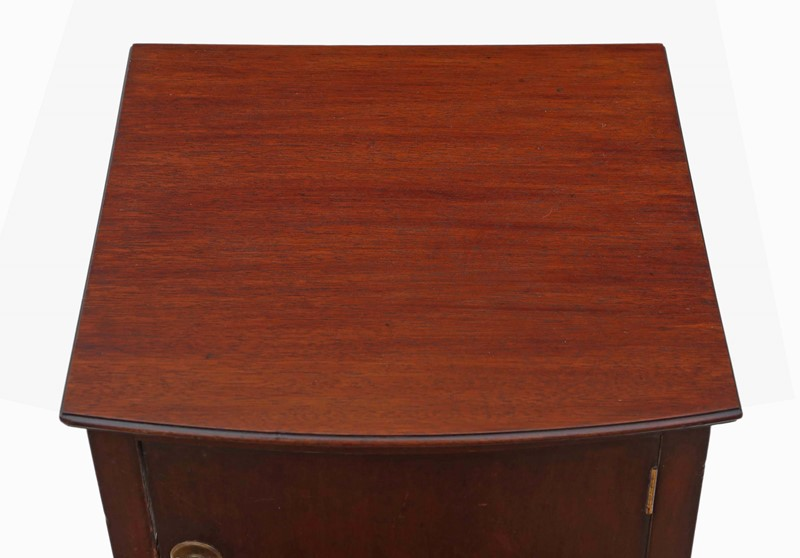 Mahogany bedside table cupboard -prior-willis-antiques-7252-2-main-636956958988829148.jpg